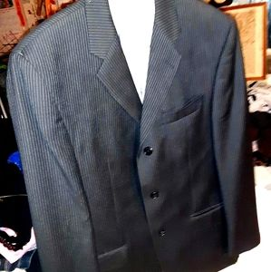 Calvin Klein Like New Men's Suit